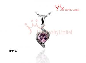 China Small Light Shinny Pink Zircon Heart Shaped Necklace Chain Silver CZ Pendants Jewellery on sale