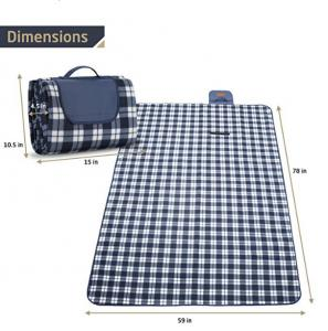 China Machine Washable Polar Fleece Packable Picnic Blanket 78*59 Inches on sale
