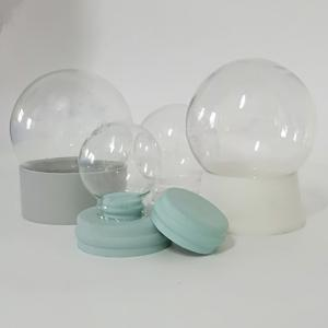 China 120mm Resin Base Plastic Diy Snow Globes supplier