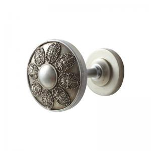 China Metal Wall Mounted Round Curtain Hook for Home Decoration on sale