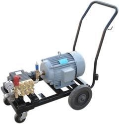 China High Pressure Water Jet Cleaning Machine on sale