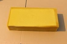 China Cell szie 5.3mm 100% purity natural beeswax comb foundation sheet on sale