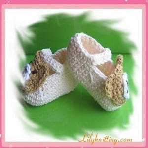 China PATTERN  Crocheted Baby Bear BootiesBaby Bear Booties on sale