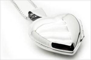 China Necklaces & Pendants Silver Heart Locket on sale
