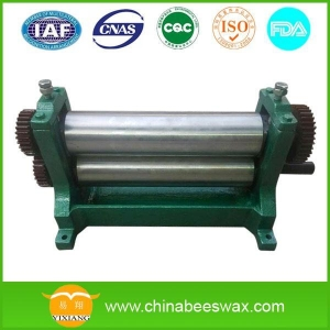 China Comb foundation machine Manual beeswax flat sheet machine M310F on sale
