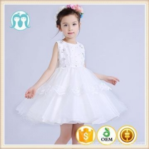 China 2017 top quality sleeveless Flower baby girls dress hot fashion children lace patterns dress on sale